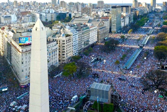"""""""Este domingo vamos a ratificar el camino de la Democracia"""""""
