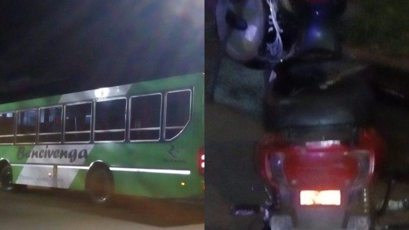 Dos internados tras siniestro entre colectivo y moto