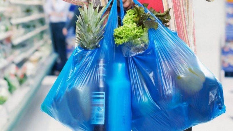 """Es """"fundamental"""" eliminar las bolsas de plástico en comercios"""