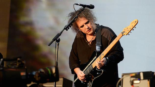Robert Smith afirmó que The Cure prepara tres discos de estudio