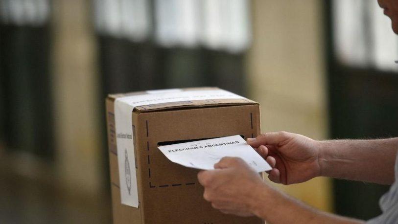 Cerraron las elecciones en todo el país