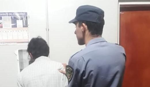 Detenido por desobediencia judicial: ebrio amenazó a su ex