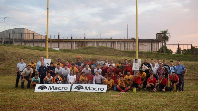 """Fundación Banco Macro y """"Espartanos"""" inauguraron una nueva cancha de rugby"""