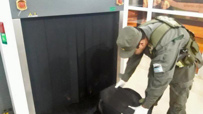 Dos detenidos por transportar marihuana