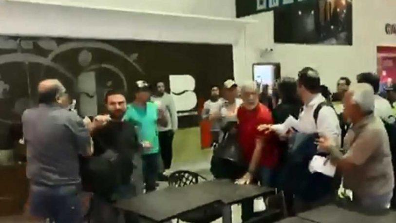 Grabois y otros dirigentes sociales fueron agredidos en Bolivia