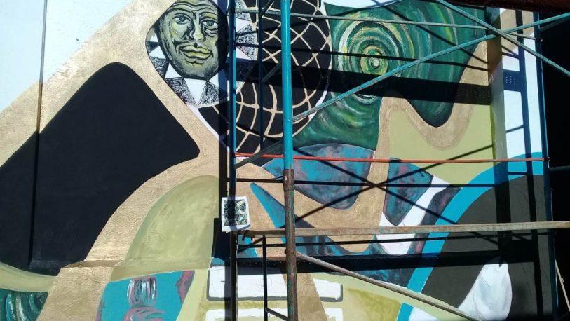 Se inauguró mural en homenaje a Teresa Warenycia en el Cementerio La Piedad