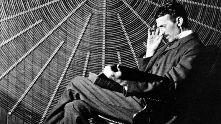 Los 3 consejos de Nikola Tesla para incrementar nuestra energía