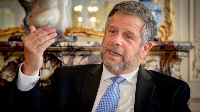 El secretario de Salud Adolfo Rubinstein presentó su renuncia