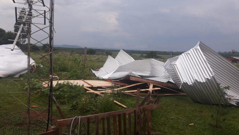 En 15 minutos la tormenta desató su furia y dejó importantes daños