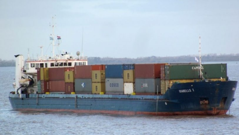Buque paraguayo retenido por transportar desperdicios tóxicos