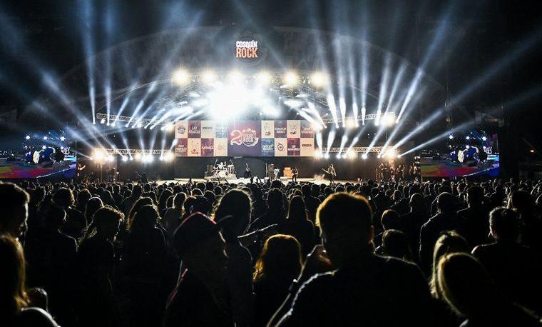 Clásicos, recuerdos y homenajes en los 20 años de Cosquín Rock