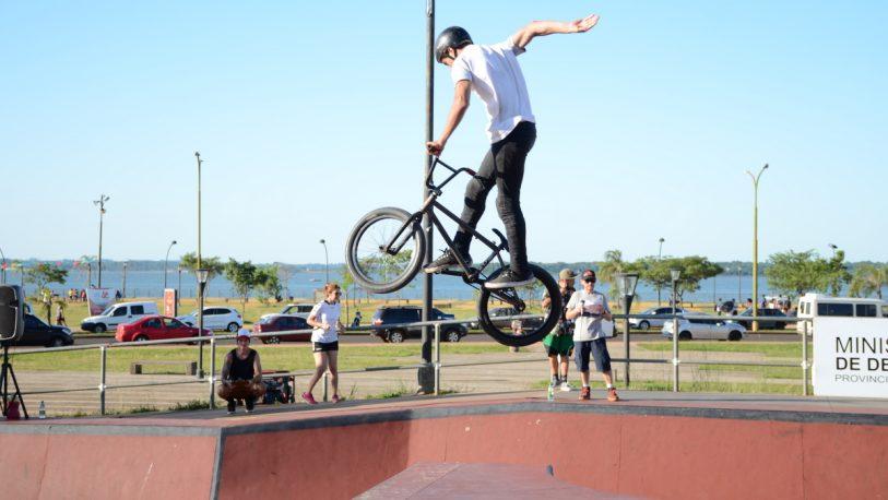 """""""Bikers"""" se lucieron en la Final Provincial de BMX Freestyle"""