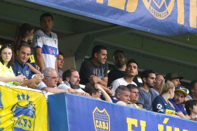 Riquelme fue a la Bombonera y criticó a Angelici y a Gribaudo
