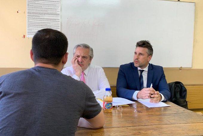 Fernández tomó examen en la UBA y regresó a la Casa Rosada