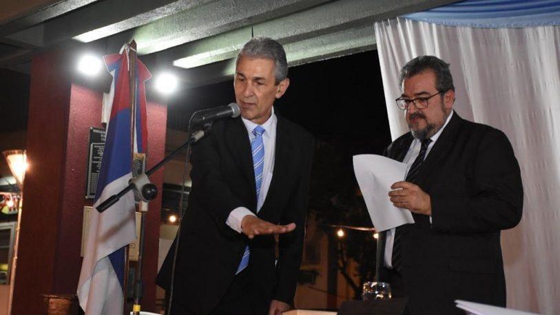 Carlos Fernández asumió su segundo mandato en Oberá con poder ilimitado