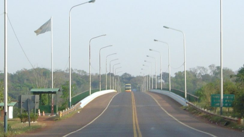 Registran pocos ingresos de brasileros por el Puente Tancredo Neves