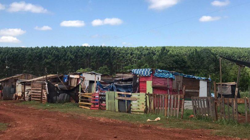 Vecinos del barrio Néstor Kirchner piden ser relocalizados