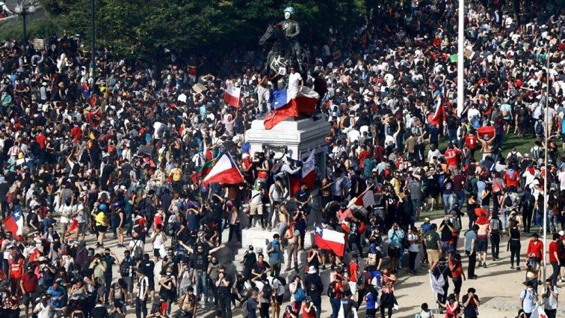 Chile: 352 manifestantes con heridas oculares en otro día de protestas