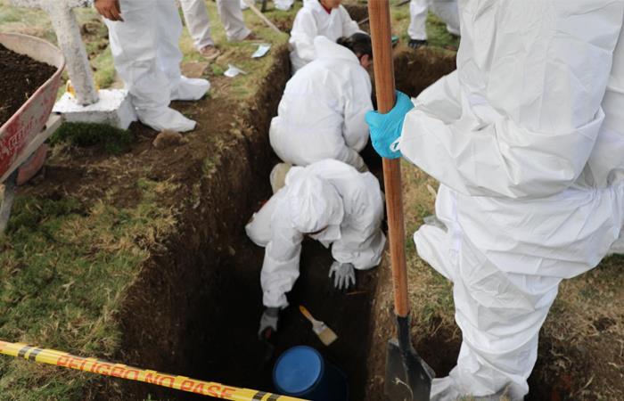 Hallan en Colombia una fosa común con más de 50 supuestas víctimas de ejecuciones extrajudiciales