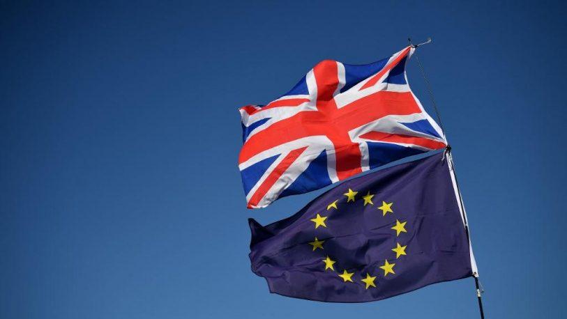 La reina Isabel II aprobó la ley para ejecutar el Brexit