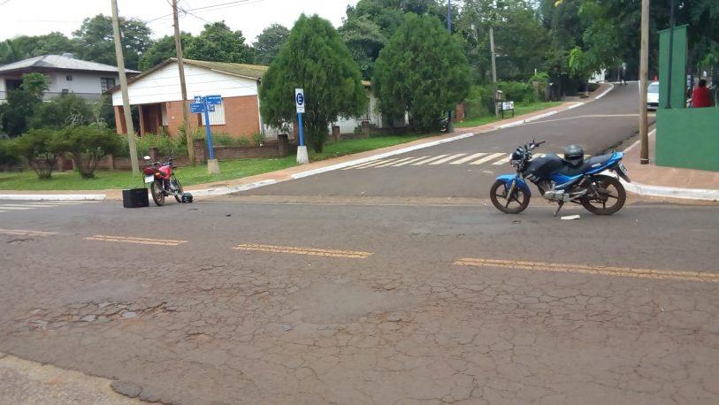 San Ignacio: chocaron dos motos y falleció una mujer