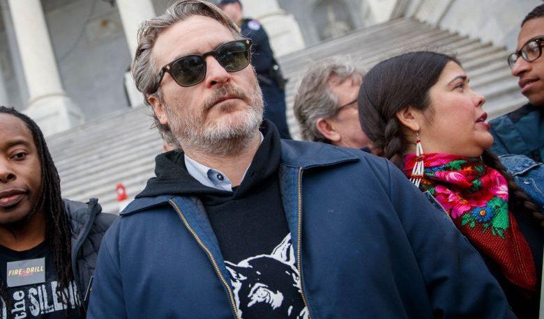 Joaquin Phoenix, arrestado en una protesta contra el Cambio Climático
