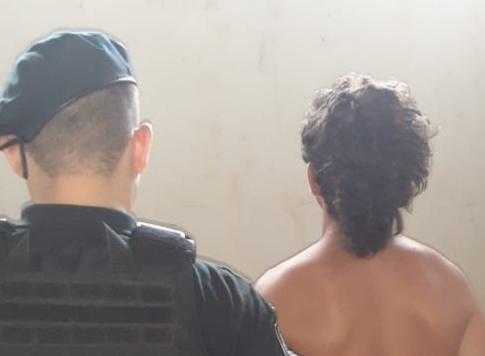 Un joven detenido por golpear y amenazar a su abuela