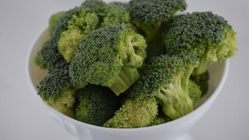 El consumo de brócoli puede evitar el daño producido por la contaminación del aire