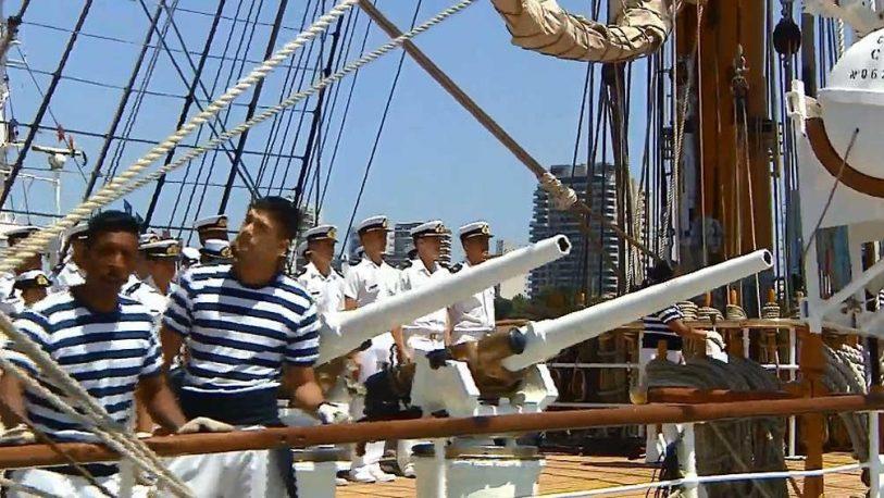 Tras cinco meses de navegación, la Fragata Libertad llegó al país