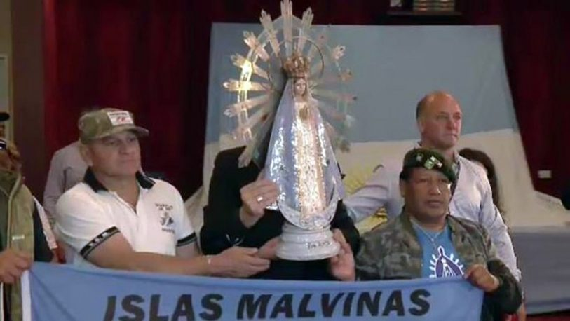 El Irízar lleva a la Antártida la imagen de la Virgen de Luján que estuvo en Malvinas