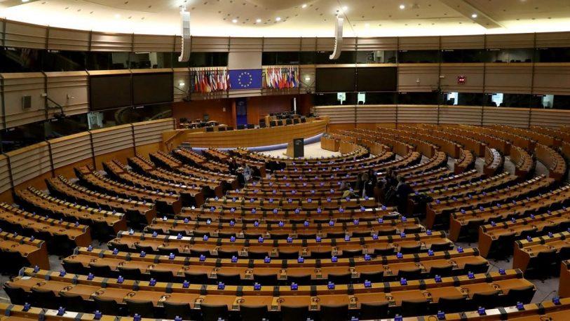 La UE ratifica el tratado de salida del Reino Unido