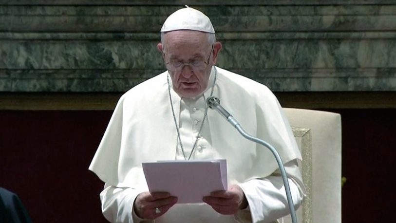 """El papa Francisco pidió en Bari que cese """"el ruido de las armas"""" en Siria"""