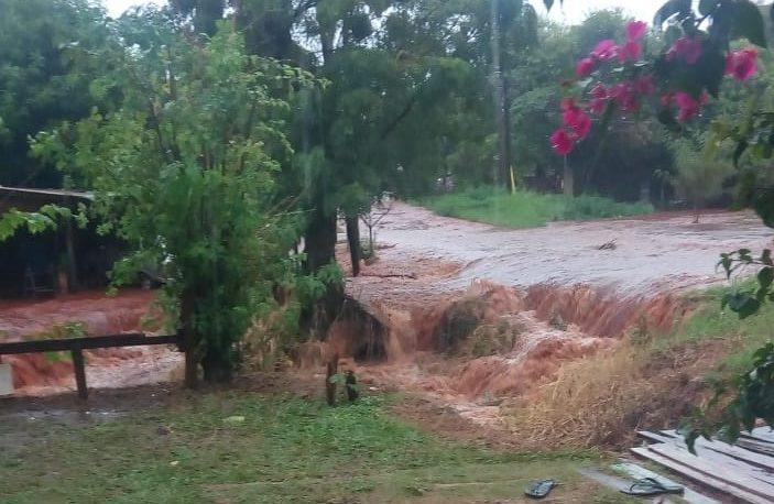 Calles anegadas, casas inundadas y evacuados tras la tormenta