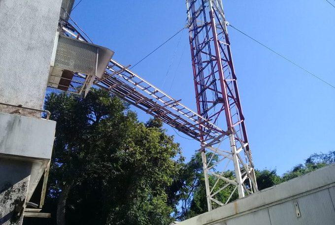 Roban cables de telefonía móvil y dejan sin servicio a varias localidades