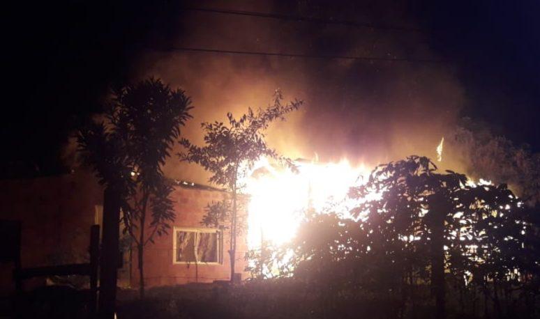 Incendió la casa de su hermana y fue detenido