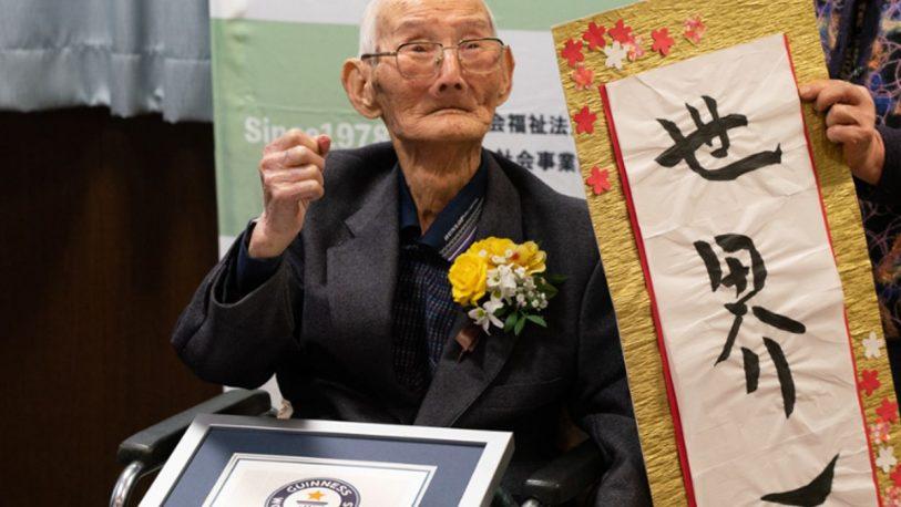 Los Records Guinness coronan a un japonés de 112 años como el hombre más anciano del mundo