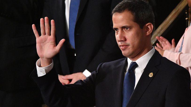 Disparan a simpatizantes de Guaidó en Venezuela