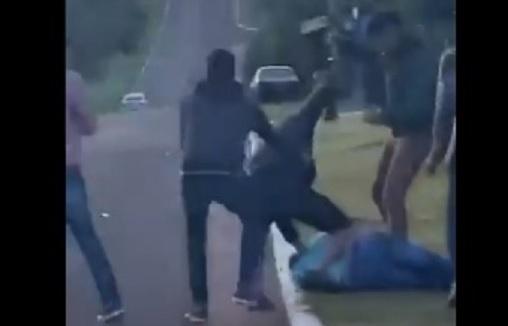 Feroz golpiza a un joven