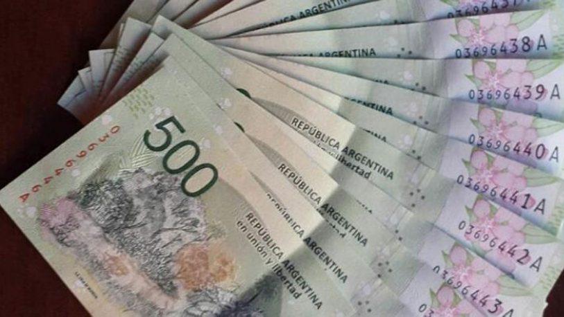 Oficializaron el pago del aguinaldo en dos cuotas para los estatales nacionales