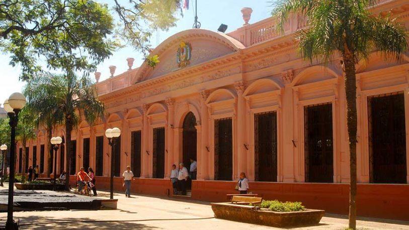 La Provincia paga casi medio millón de pesos por mes a una consultora porteña