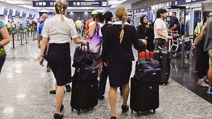 El video de Aerolíneas que critica sus propias políticas sexistas del pasado