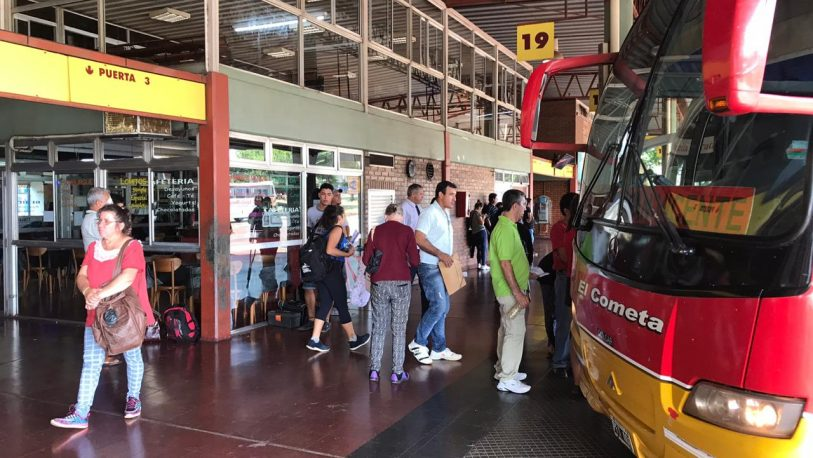 Se suspende el transporte interurbano en Misiones