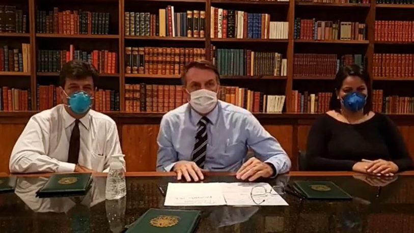Bolsonaro dio negativo test pero deberá repetir los análisis