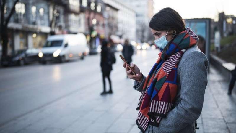 Tiempos de coronavirus: ¿Cómo limpiar el celular?