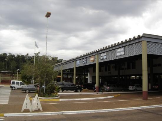 Aplican protocolo de sanidad en la Aduana de Iguazú