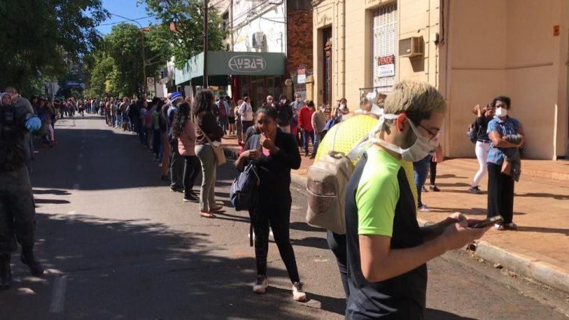 """Covid-19: la aglomeración de personas en bancos, es una """"bomba viral"""""""
