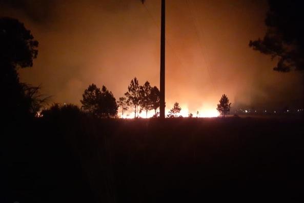 """Miguel Lanús: """"El fuego está controlado, pero no fue extinguido"""""""