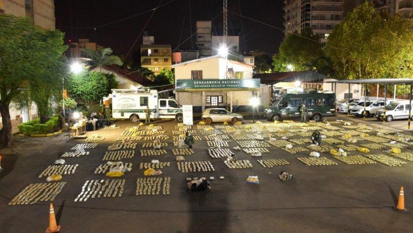 Las impresionantes fotos del operativo anti-narco en Garupá y Loreto