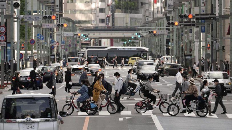 Japón lanzó una aplicación de rastreo para frenar contagios