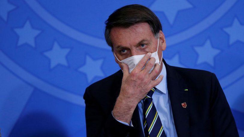 Internaron a Jair Bolsonaro